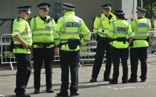 الصورة: شرطي بريطاني يقتل شابة بعد خطفها