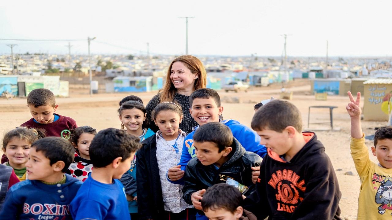 ريا معروفة بأنشطتها في مجال دعم اللاجئين والنازحين بالمنطقة. أرشيفية
