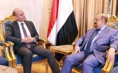 الصورة: البركاني يناقش مع السفير الفرنسي مستجدات الأوضاع في اليمن