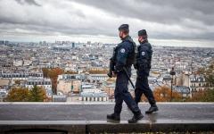 الصورة: الفرنسيون منزعجون من الإغلاقات والإجراءات المثيرة للجدل