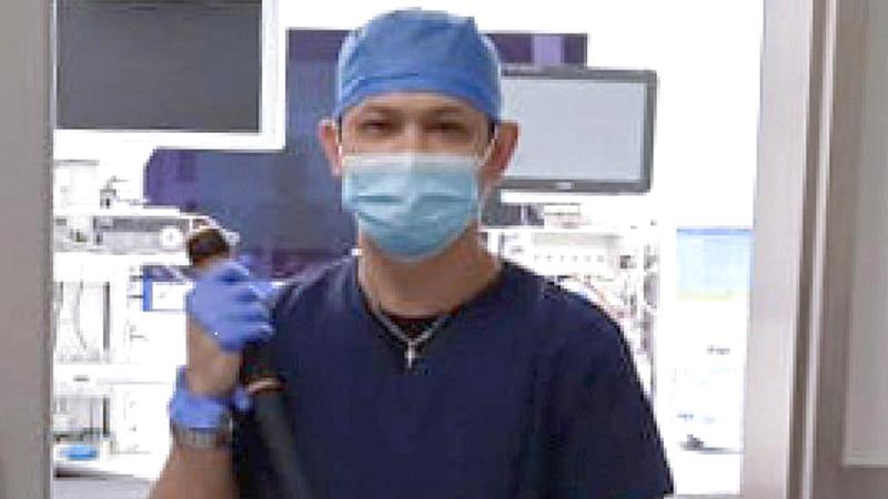 ريجي بارالا: «أؤدي واجبي في التنظيف والتعقيم دون النظر إلى أي مخاطر من الفيروس».