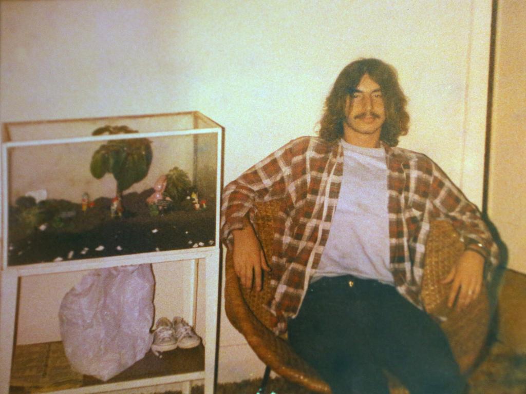 """بروس روبرتس - الصور نقلا عن """"ديلي ميل"""""""