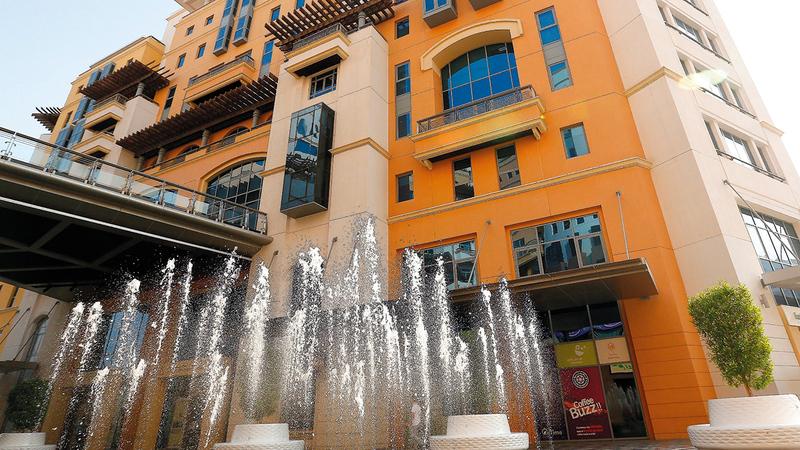 الأرقام تؤكد استراتيجية اقتصادية دبي لتسهيل الأعمال والأنشطة الاقتصادية في الإمارة.  أرشيفية