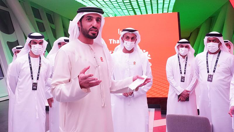 راشد بن حميد خلال مشاركته في المؤتمر أمس.  من المصدر
