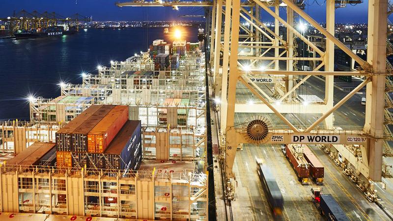 «موانئ دبي» تحتل الصدارة في تطوير وتوسيع نطاق مبادرة الجواز اللوجستي العالمي.  أرشيفية