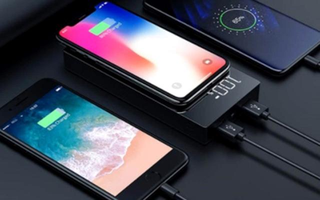 الصورة: تقنية.. أبرز 3 هواتف ذكية تتسم بقوة «البطارية»