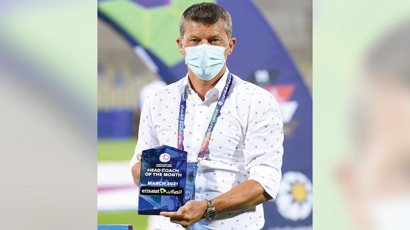 إيسيلا قاد بني ياس إلى المركز الثاني في دوري الخليج العربي.   الإمارات اليوم