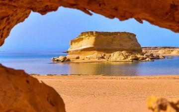 الصورة: بالصور.. مناظر خلابة في أحد شواطئ السعودية