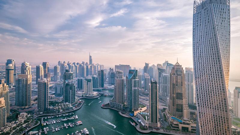 اللجنة تتولى إقرار التوصيات اللازمة بشأن الخطط والدراسات الاستراتيجية ومشروعات البنية التحتية والعمرانية الكبرى في دبي.   أرشيفية