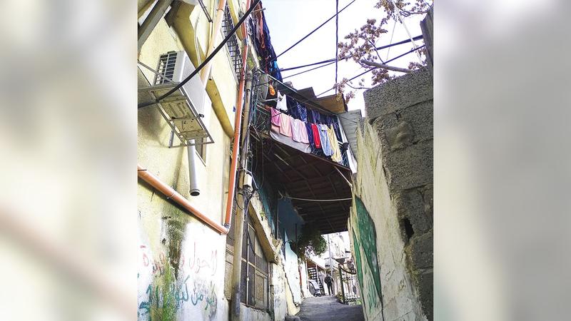أحد البيوت المهددة بالمصادرة في «بطن الهوى».  الإمارات اليوم