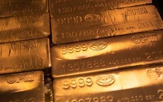 الصورة: أسعار الذهب تتجه نحو أكبر ارتفاع في 10 أشهر