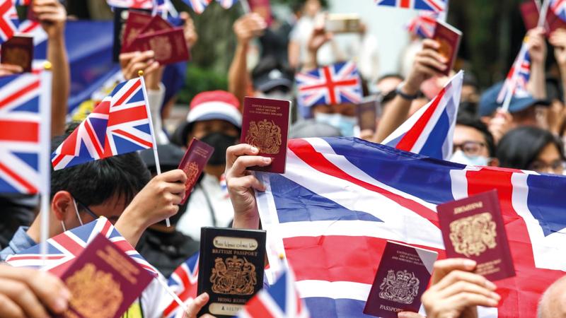القادمون من هونغ كونغ يجدون ترحيباً في بريطانيا ولا يعثرون على فرص عمل. أرشيفية