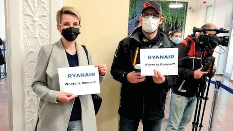 احتجاج ضد اعتقال الصحافي رومان براتاسيفتش.  رويترز