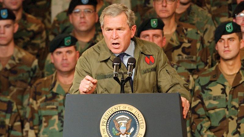 بوش الابن قال في خطابه إن المهمة قد تم إنجازها.   أ.ب