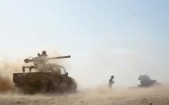 الصورة: الميليشيات تصعّد في الحديدة.. وتقصف «مجمع الغذاء» بالمدفعية