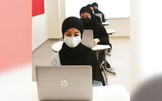 الصورة: «الإمارات للتعليم» تستقبل طلاب الـ 12 لأداء الامتحانات بـ 3 لجان متابعة