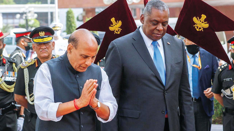 وزير الدفاع الأميركي لويد أوستن (إلى اليمين) زار الهند وتجاهل باكستان.   أرشيفية