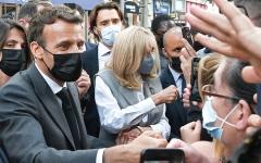الصورة: حادثة صفع الرئيس ماكرون تثير انقساماً في فرنسا