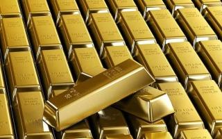 الصورة: الذهب يتراجع لأقل مستوى في أكثر من أسبوع