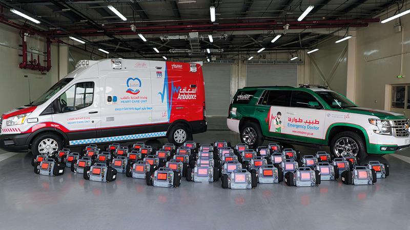 «إسعاف دبي» وزعت 60 جهاز إنعاش قلبي على جهات ومؤسسات حكومية.  أرشيفية