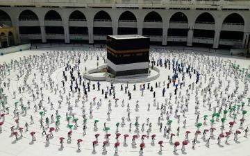 الصورة: السعودية: تسجيل 450 ألف مواطن ومقيم لأداء الحج خلال 24 ساعة
