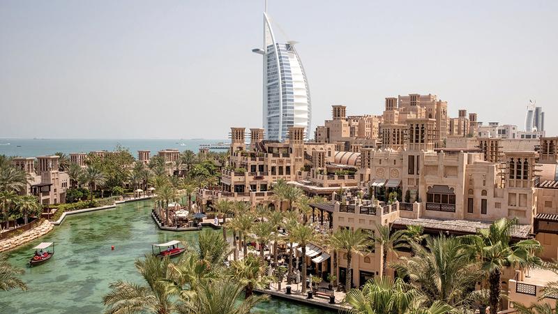 دبي تتمتع بقطاع سياحي متطوّر أسهم بشكل كبير في التنوّع الناجح لاقتصاد الإمارة.  أرشيفية