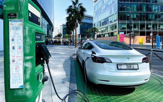 الصورة: تعرف إلى سعر أبرز 5 سيارت كهربائية في أسواق الإمارات