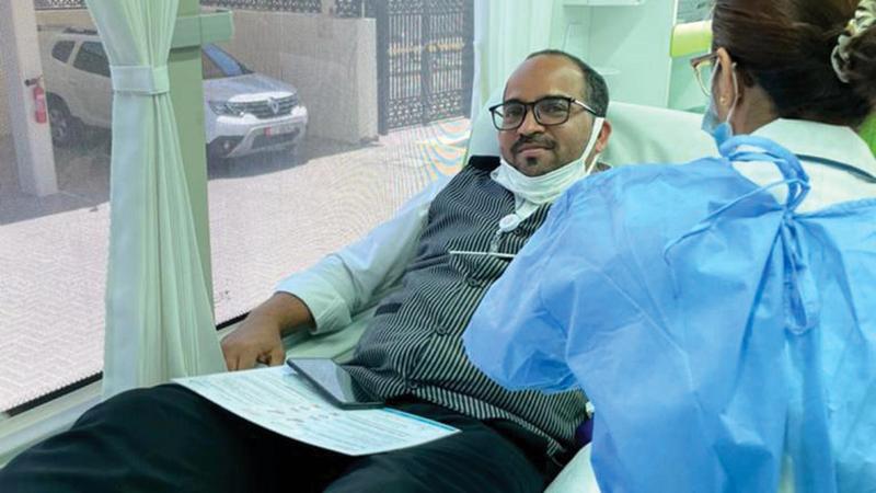 الحملة جمعت 95 وحدة عبر حافلات التبرع المتنقلة.  الإمارات اليوم