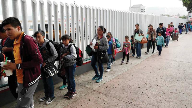 «جدار ترامب» تسبّب في مشكلة للمهاجرين.   أرشيفية