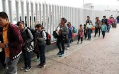 الصورة: أحداث وصور.. وزير الأمن الأميركي يبحث الهجرة غير الشرعية خلال زيارة للمكسيك