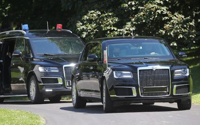 الصورة: سيارة بايدن مزوّدة برؤية ليلية.. ومركبة بوتين لا تغرق