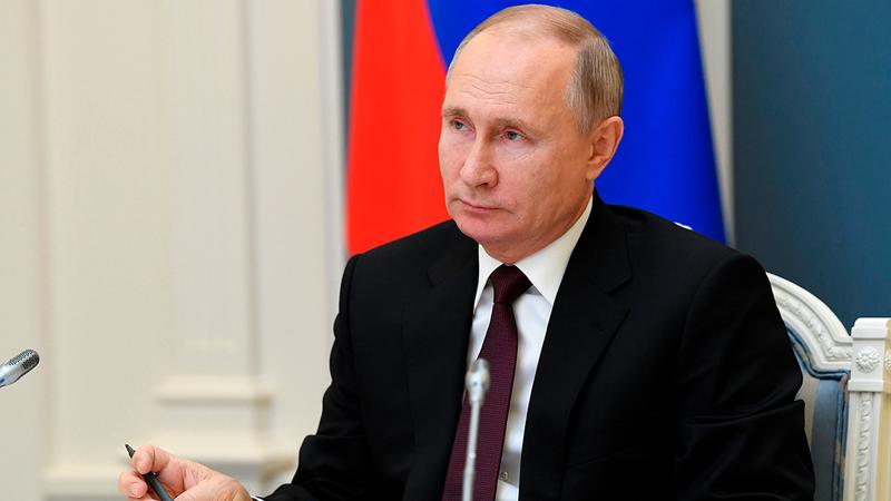 ثمة أمل بأن يتأثر الرئيس بوتين بمظاهر التصميم التي أبدتها الدول الغربية.   أ.ب
