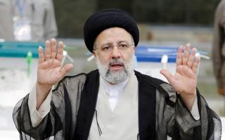 الصورة: إبراهيم رئيسي يفوز في الانتخابات الرئاسية الإيرانية بأغلبية 62%