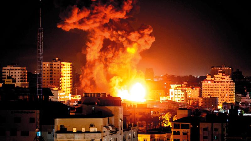 الدبلوماسية المصرية عملت على وقف إطلاق النار بين إسرائيل و«حماس» في قطاع غزة. أ.ف.ب