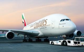 """""""طيران الإمارات"""" تكشف عن 30 وجهة في 20 دولة بدون حجر صحي"""