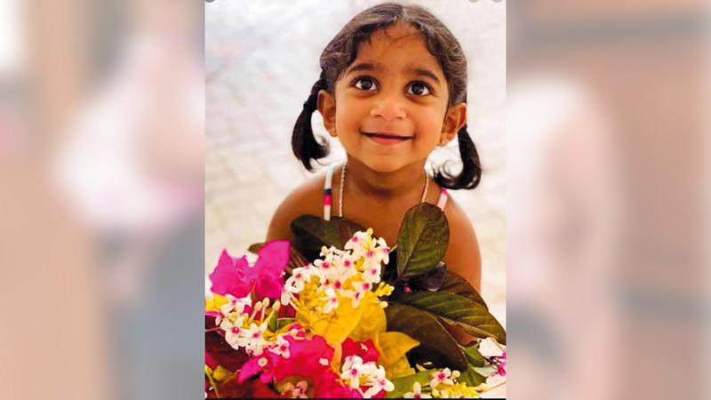 الطفلة ثارنيكا حرمتها السلطات الأسترالية الإقامة في البلاد رغم مولدها هناك.  من المصدر