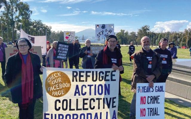 الصورة: لاجئون من قومية التاميل تعتقلهم أستراليا مهددون بالترحيل