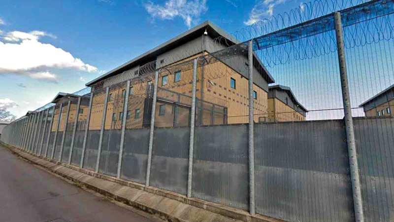 مركز احتجاز كولنبروك لإبعاد المهاجرين. أرشيفية