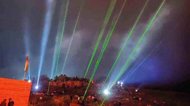 «وحدة الليزر» أسلوب جديد للإرباك الليلي.  الإمارات اليوم
