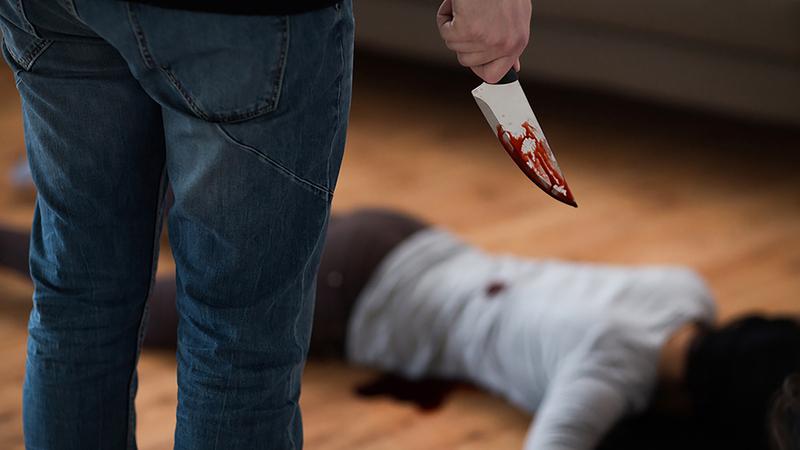مع فرض الحجر المنزلي في أنحاء أوروبا بات رصد العنف الأسري أكثر صعوبة.    أرشيفية