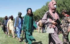 الصورة: الأسرة الممتدة للمهاجرين الأفغان تتعرض للتهديد والقتل من «طالبان»