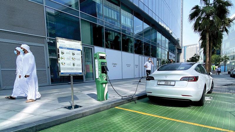 أسعار السيارات الكهربائية تراوح بين 130 ألفاً و400 ألف درهم. أرشيفية