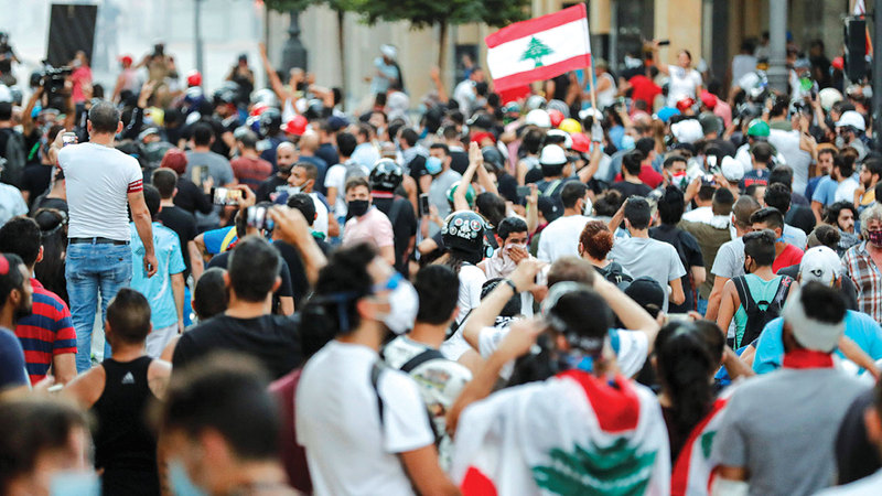 منذ أكتوبر 2019 بدأت الانتفاضة المدنية ضد النظام السياسي برمته.  رويترز