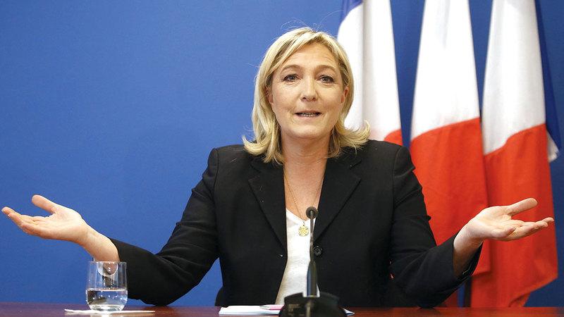 مارين لوبان يمكن أن تفوز بالرئاسة الفرنسية في انتخابات العام المقبل.  رويترز