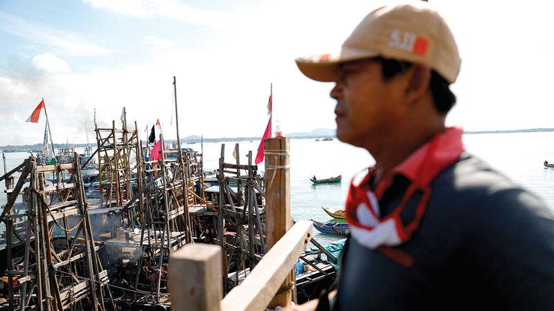 أحد عمال مناجم القصدير بجزيرة بانجاكا: تحتاج إندونيسيا إلى مزيد من العمالة الماهرة.  رويترز
