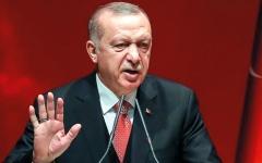 الصورة: اتهام أنقرة بدعم «الإسلاميين» بالسلاح يفزع أردوغان