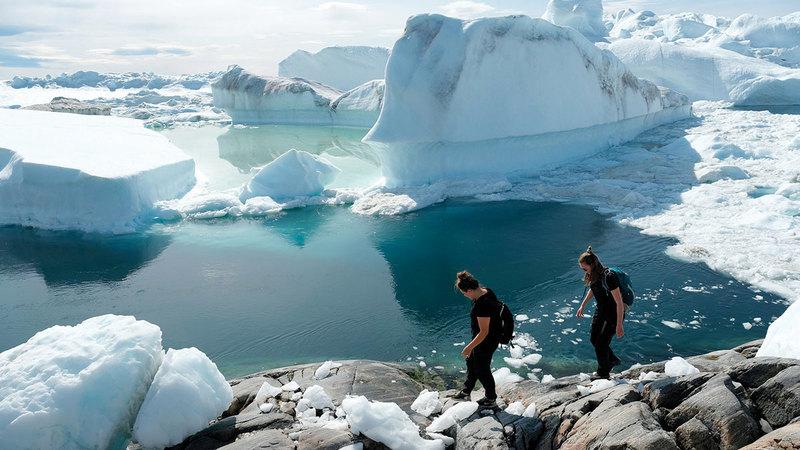 ذوبان الجليد في المنطقة القطبية يزيد من خطر ارتفاع الحرارة بشكل غير مسبوق.  أرشيفية