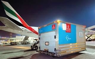 الصورة: الإمارات للشحن الجوي نقلت 150 مليون جرعة لقاح «كوفيد-19»