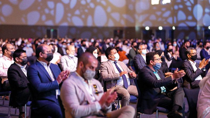 الاجتماع ناقش الوضع العام لقطاع السياحة، بعد مرور عام على استئناف استقبال الزوّار الدوليين إلى دبي في يوليو 2020.  من المصدر