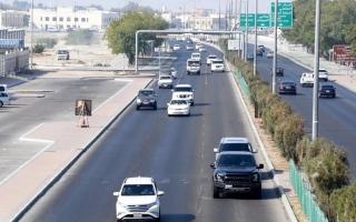 الصورة: 19.3 ألف مخالفة عدم ترك مسافة أمان خلال 6 أشهر بأبوظبي